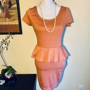 Forever 21 Knit Peplum Dress Size M